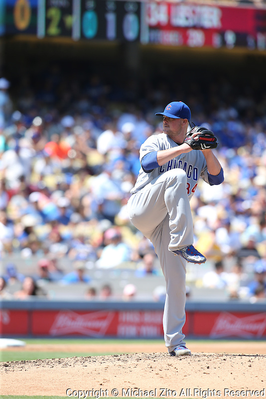 082816 Los Angeles, CA: Chicago Cubs starting pitcher Jon Lester #34 during an MLB game between the Chicago Cubs and the Los Angeles Dodgers, played at Dodger Stadium