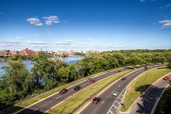 GW Parkway / George Washington Memorial Parkway