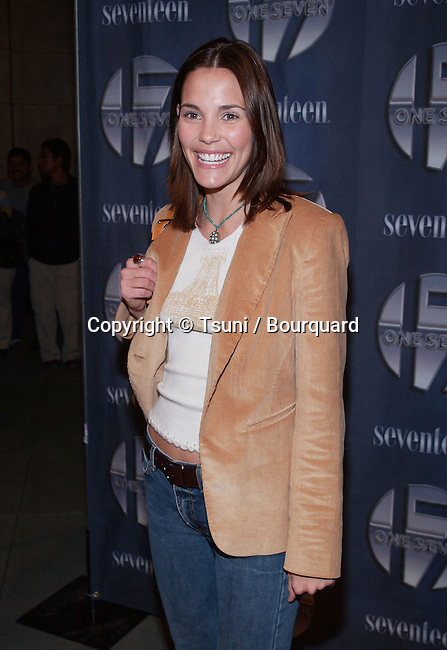 Leslie Bibb at the opening of One Seven at Hollywood & Highland in Los Angeles, Ca. Friday, November 30,  2001.           -            BibbLeslie02.jpg