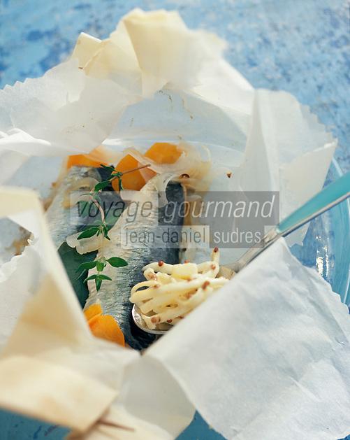 Gastronomie/Sardines en papillote et céleri rémoulade recette de Jean Yves Crenn du restaurant Le temps de Vivre à Roscoff - Stylisme : Valérie LHOMME
