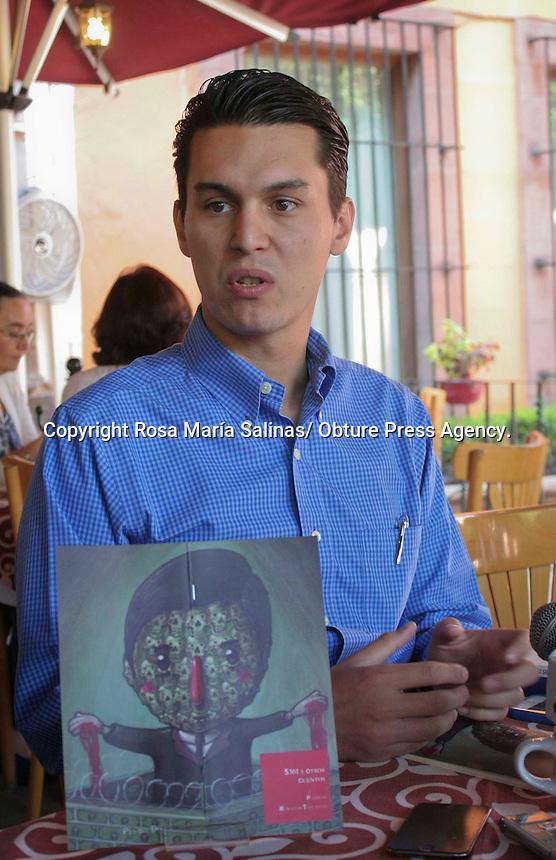 """Querétaro, Qro. 24 abril de 2014.- El escritor y abogado Patricio Rebollar anunció la presentación de su ibro """"5301 y otros cuentos"""" la cual será hoy a las 8:00 de la noche en la galería lbertad, esto como parte"""
