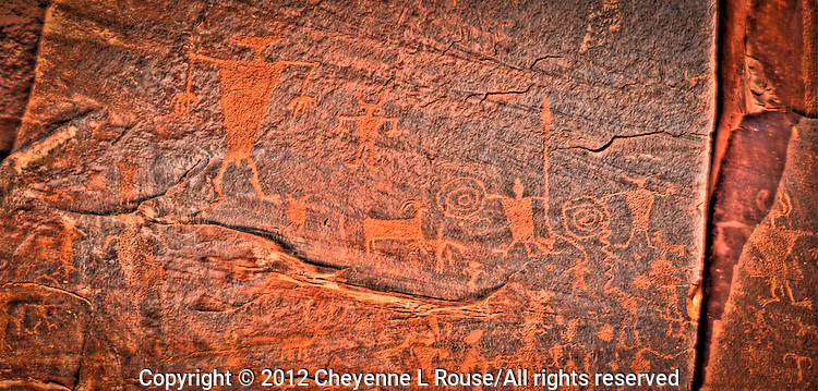 Moab Petroglyphs - Utah