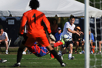 Jorge Flores (20) of the USA crosses the ball. The US U-20 Men's National Team defeated the U-20 Men's National Team of Costa Rica 2-1 in an international friendly during day four of the US Soccer Development Academy  Spring Showcase in Sarasota, FL, on May 25, 2009.