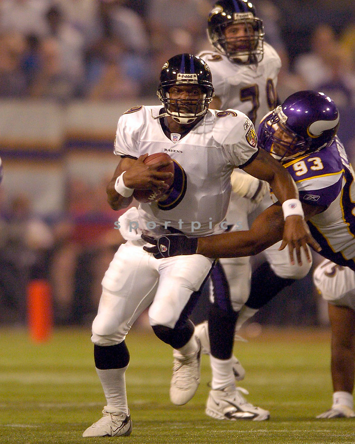 Steve McNair, of the Baltiore Ravens, in action against the Minnesota Vikings on August 25, 2006, in Cleveland...Vikings win 30-7..David Durochik / SportPics