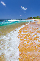 Waves on the famous Sunset Beach on the famous North Shore of Oahu, Hawaii.