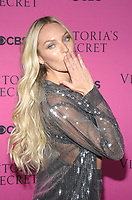 NEW YORK, NY - NOVEMBER 28: Candice Swanepoel at the 2017 Victoria's Secret Fashion Show Viewing Party at Spring Studios in New York November 28, 2017. Credit: John Palmer/MediaPunch /NortePhoto.com NORTEPOTOMEXICO
