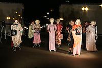 SÃO PAULO, SP, 24.04.2016 - DESFILE-SPFW - Desfile do estilista Fause Haten durante São Paulo Fashion Week no Parque da Idependencia no bairro do Ipiranga na região sul da cidade de São Paulo neste domingo, 24. (Foto: Vanessa Carvalho/Brazil Photo Press)