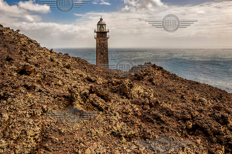Faro de Orchilla Lighthouse, built in 1932. Renaissance mapmakers frequently measured longitude east from the meridian of Hierro Island, which is where the island's unofficial name derived: 'Isla del Meridiano'. /Felix Features