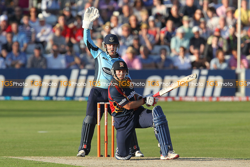 Ben Brown of Sussex appeals for the wicket of Graham Napier - Essex Eagles vs Sussex Sharks - Friends Life T20 Cricket at the Ford County Ground, Chelmsford, Essex - 28/06/12 - MANDATORY CREDIT: Gavin Ellis/TGSPHOTO - Self billing applies where appropriate - 0845 094 6026 - contact@tgsphoto.co.uk - NO UNPAID USE.