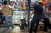 Gerardo Pardo. Hardware store owners in Mercado Hidalgo,  Mexico DF, Mexico