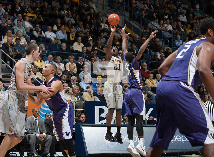 Jabari Bird of California shoots the ball during the game against Washington at Haas Pavilion in Berkeley, California on January 15th 2014.  California defeated Washington, 82-56.