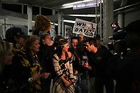 Fans der New Orleans Saints feiern<br /> Super Bowl XLIV: Indianapolis Colts vs. New Orleans Saints *** Local Caption *** Foto ist honorarpflichtig! zzgl. gesetzl. MwSt. Auf Anfrage in hoeherer Qualitaet/Aufloesung. Belegexemplar an: Marc Schueler, Alte Weinstrasse 1, 61352 Bad Homburg, Tel. +49 (0) 151 11 65 49 88, www.gameday-mediaservices.de. Email: marc.schueler@gameday-mediaservices.de, Bankverbindung: Volksbank Bergstrasse, Kto.: 52137306, BLZ: 50890000