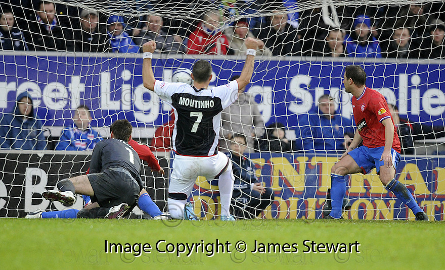 05/12/2009  Copyright  Pic : James Stewart.sct_jspa09_falkirk_v_rangers  . :: PEDRO MOUTINHO SCORES FALKIRK'S FIRST :: .James Stewart Photography 19 Carronlea Drive, Falkirk. FK2 8DN      Vat Reg No. 607 6932 25.Telephone      : +44 (0)1324 570291 .Mobile              : +44 (0)7721 416997.E-mail  :  jim@jspa.co.uk.If you require further information then contact Jim Stewart on any of the numbers above.........