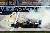 James Hinchcliffe, Schmidt Peterson Motorsports Honda makes the victory donuts