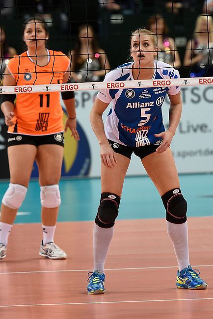 Halle/Westfalen, Germany, March 01: during the Volleyball DVV-Pokalfinale (Damen) between Ladies in Black Aachen and Allianz MTV Stuttgart on March 1, 2015 at the Gerry Weber Stadion in Halle/Westfalen, Germany. Final score 2-3 (25-17, 25-20, 19-25, 19-25, 13-15). (Photo by Dirk Markgraf / www.265-images.com) *** Local caption *** Kim Renkema #5 of Allianz MTV Stuttgart