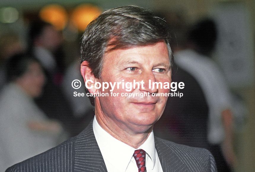 Bryan Gould, MP, Labour Party, UK, 19901003007.<br />