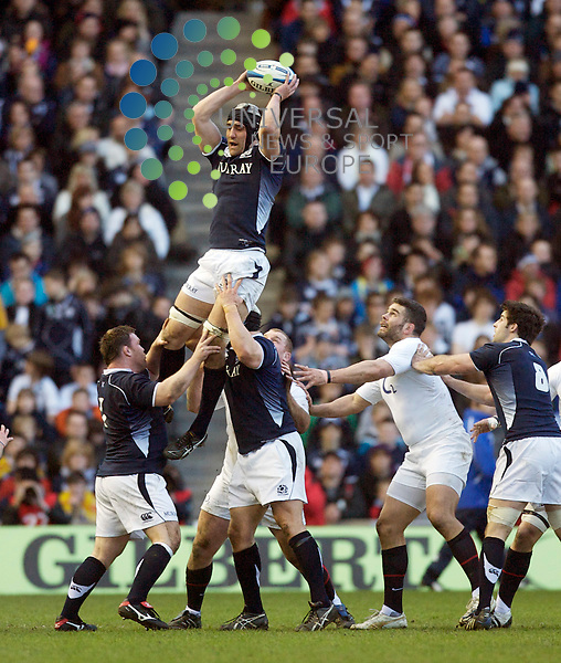 RBS Six Nations Championship  Season 2010.Scotland  V England.. Scotland's Kelly Brown wins the line-out   , during today's thrilling Six Nations / Calcuta Cup match between Scotland and England  at Murrayfield Stadium, Edinburgh...Picture, Mark Davison/Universal News and Sport.
