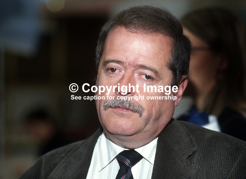 Peter Snape, MP, Labour Party, UK, 19901003010..Copyright Image from Victor Patterson, 54 Dorchester Park, Belfast, United Kingdom, UK. Tel: +44 28 90661296. Email: victorpatterson@me.com; Back-up: victorpatterson@gmail.com..For my Terms and Conditions of Use go to www.victorpatterson.com and click on the appropriate tab.