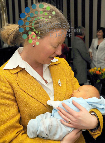 National child health record book launched today with baby Caelan Ross Naperotic born on the 1st Jan 2010. Parents Andrew and Allyson met Public Health Secretary Shona Robison and health visitor Mary Andrew as they handed over the first of the national record books. The new national books will replace the previous versions used by different local health authorities.Today, Edinburgh. Universal News and Sport (Scotland) - Derek Fett - 13th Jan 2010
