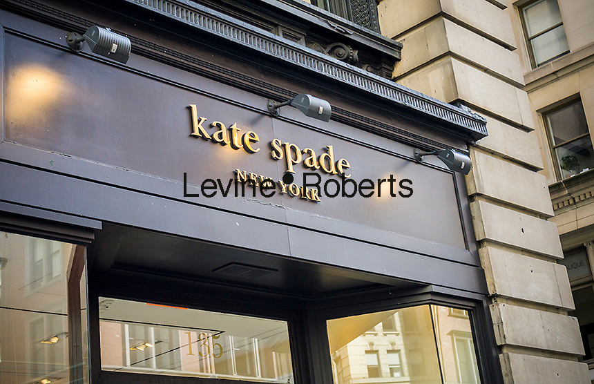 A Kate Spade store on Fifth Avenue in the Flatiron neighborhood of New York on Saturday, December 31, 2016. Bowing to pressure from an activist shareholder, Caerus Investors,Kate Spade & Co. is reported to be exploring a sale of the company. (© Richard B. Levine)