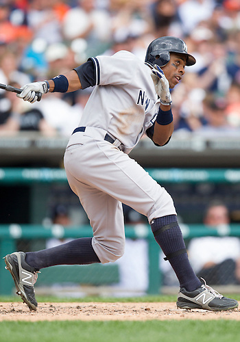 June 03, 2012:  New York Yankees center fielder Curtis Granderson (14) at bat during MLB game action between the New York Yankees and the Detroit Tigers at Comerica Park in Detroit, Michigan.  The Yankees defeated the Tigers 5-1.