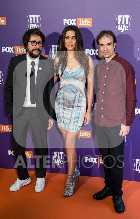 Pilar Rubio, Daniel Perez (R) and Enrique Domingo AKA Flipy attend  the 'Fit Life' TV Programme photocall at Pons Fundation in Madrid, Spain. March 28, 2017. (ALTERPHOTOS / Rodrigo Jimenez)
