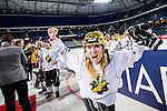 Solna 2014-03-15 Bandy SM-final Damer Kareby IS - AIK  :  <br /> AIK:s Mikaela Hasselgren med en guldhj&auml;lm jublar efter matchen<br /> (Foto: Kenta J&ouml;nsson) Nyckelord:  SM SM-final final dam damer Kareby AIK jubel gl&auml;dje lycka glad happy