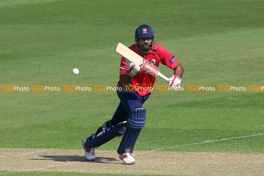 Varun Chopra in batting action for Essex during Glamorgan vs Essex Eagles, Royal London One-Day Cup Cricket at the SSE SWALEC Stadium on 7th May 2017