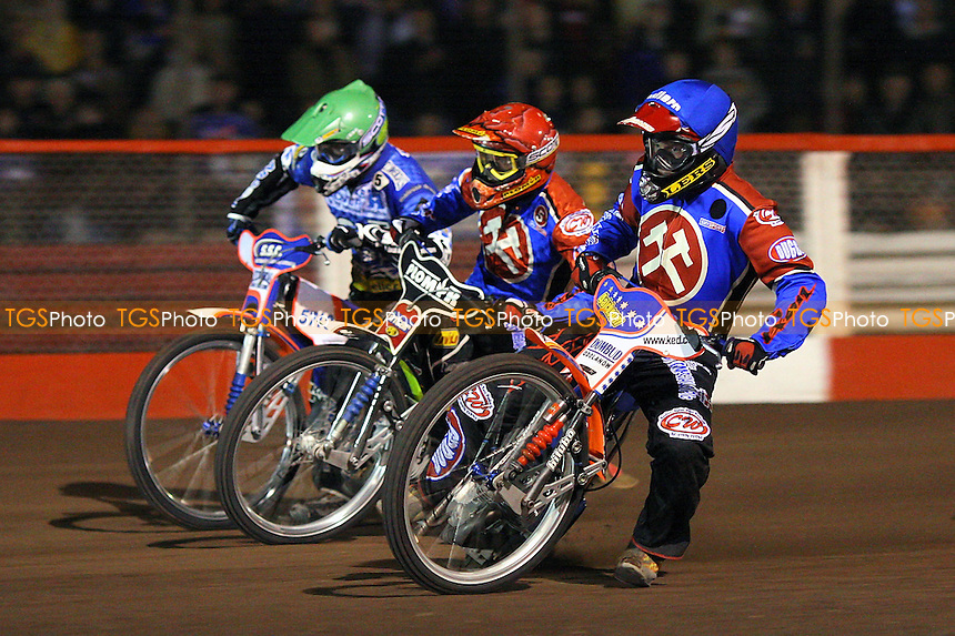 Heat 4: Davey Watt (green), Tomasz Jedrzejak (red) and Krzysztof Jablonski (blue) - Lakeside Hammers vs Poole Pirates - Sky Sports Elite League Play-Off Grand Final, First Leg at Arena Essex, Purfleet - 06/10/08 - MANDATORY CREDIT: Gavin Ellis/TGSPHOTO - Self billing applies where appropriate - 0845 094 6026 - contact@tgsphoto.co.uk - NO UNPAID USE.