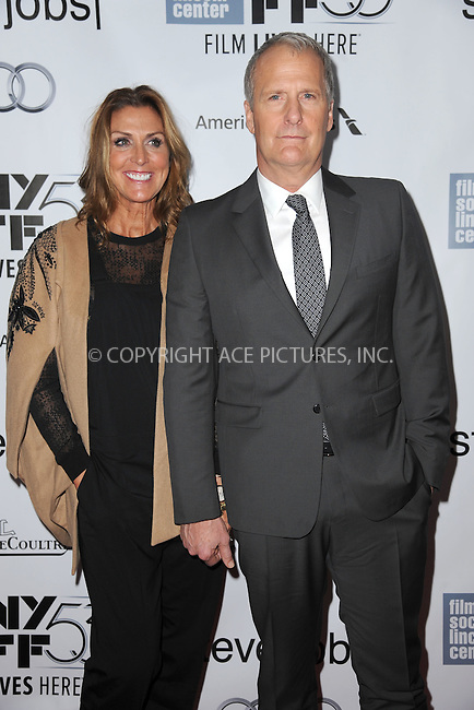 WWW.ACEPIXS.COM<br /> October 3, 2015 New York City<br /> <br /> Kathleen Rosemary Treado and Jeff Daniels attending the 53rd New York Film Festival premiere of 'Steve Jobs' at Alice Tully Hall, Lincoln Center on October 3, 2015 in New York City.<br /> <br /> Credit: Kristin Callahan/ACE Pictures<br /> <br /> Tel: (646) 769 0430<br /> e-mail: info@acepixs.com<br /> web: http://www.acepixs.com