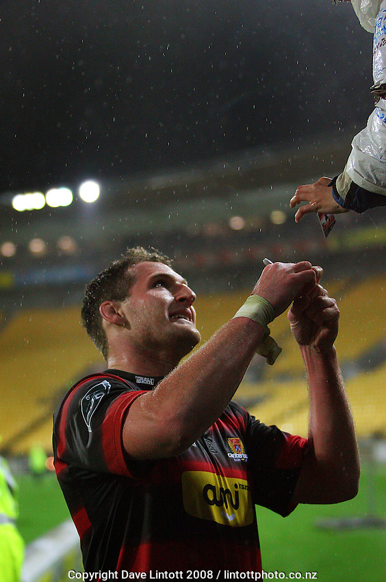 Canterbury captain Kieran Read signs an autograph for a fan after the Air NZ Cup Final between Wellington and Canterbury at Westpac Stadium, Wellington, New Zealand on Saturday 25th October 2008.  Photo: Dave Lintott / lintottphoto.co.nz