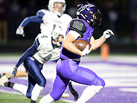Waunakee's Will Ross scores a touchdown on a 27-yard touchdown run, as Reedsburg takes on Waunakee in Wisconsin Badger North Conference high school football at Waunakee High School on Friday, 9/28/18