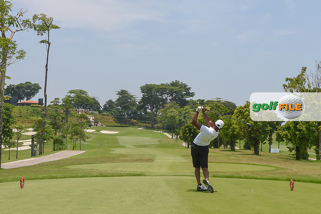 Saleh ALKAABI (QAT) watches his tee shot on 3 during Rd 1 of the Asia-Pacific Amateur Championship, Sentosa Golf Club, Singapore. 10/4/2018.<br /> Picture: Golffile   Ken Murray<br /> <br /> <br /> All photo usage must carry mandatory copyright credit (© Golffile   Ken Murray)