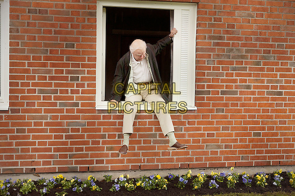 Robert Gustafsson<br /> in The 100-Year-Old Man Who Climbed Out the Window and Disappeared (2013) <br /> (Hundraaringen som klev ut genom fonstret och forsvann)<br /> *Filmstill - Editorial Use Only*<br /> CAP/NFS<br /> Image supplied by Capital Pictures