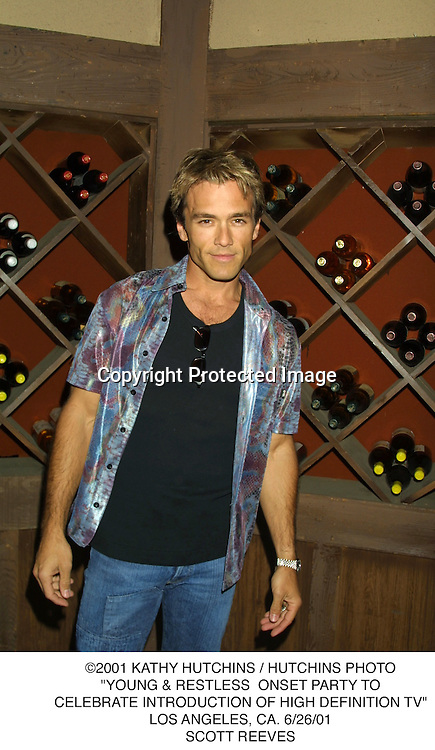 "©2001 KATHY HUTCHINS / HUTCHINS PHOTO.""YOUNG & RESTLESS  ONSET PARTY TO.CELEBRATE INTRODUCTION OF HIGH DEFINITION TV"".LOS ANGELES, CA. 6/26/01.SCOTT REEVES"