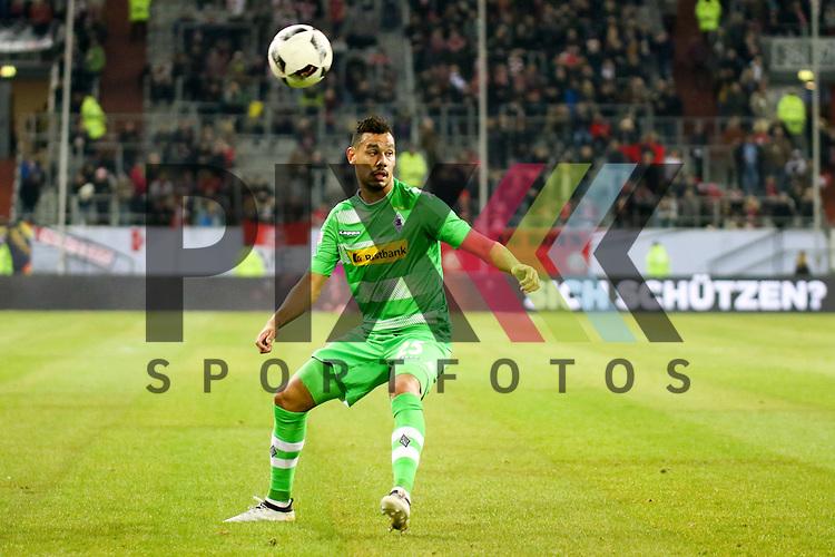 Gladbachs Timothee Kolodziejczak (Nr.25)  beim Telecom Cup 2017 Borussia Moenchengladbach - FSV Mainz 05.<br /> <br /> Foto &copy; PIX-Sportfotos *** Foto ist honorarpflichtig! *** Auf Anfrage in hoeherer Qualitaet/Aufloesung. Belegexemplar erbeten. Veroeffentlichung ausschliesslich fuer journalistisch-publizistische Zwecke. For editorial use only.