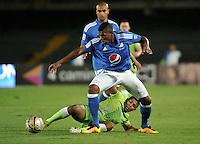 BOGOTA - COLOMBIA -21 - 02 - 2016: Elkin Blanco (Der.) jugador de Millonarios disputa el balón con Wilmer Diaz (Izq.) jugador de Jaguares FC, durante partido de la fecha 5 entre Millonarios y Jaguares FC, de la Liga Aguila I-2016, jugado en el estadio Nemesio Camacho El Campin de la ciudad de Bogota.   / Elkin Blanco (R) player of Millonarios vies for the ball with Wilmer Diaz (L) player of Jaguares FC, during a match between Millonarios and Jaguares FC, for the date 5 of the Liga Aguila I-2016 at the Nemesio Camacho El Campin Stadium in Bogota city, Photo: VizzorImage / Luis Ramirez / Staff.