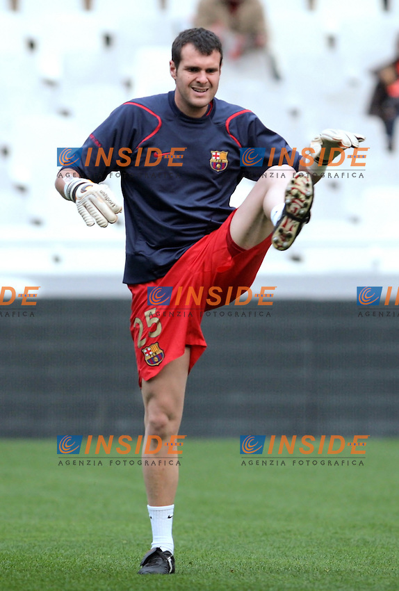 Barcelona`s Albert Jorquera during Spain`s La Liga match between Valencia and Barcelona at Mestalla Stadium in Valencia, Sunday 18 February, 2007, (INSIDE/ALTERPHOTOS/Jose Chavero).