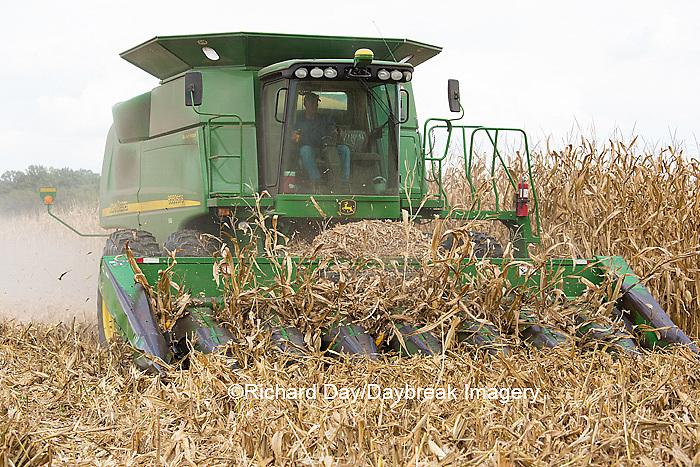 63801-07102 Farmer harvesting corn, Marion Co., IL