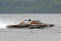"Bert Henderson, GP-77 ""Steeler"", Grand Prix class hydroplane.Syracuse Hydrofest, Onondaga Lake, Syracuse, NY.20/21 June, 2009, Dayton, OH USA..©F. Peirce Williams 2009 USA.F.Peirce Williams.photography.ref: RAW (.NEF) File Available"