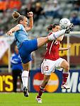 Manoe Meulen, Johanna Rasmussen, Women's EURO 2009 in Finland.Denmark-Netherlands, 08292009, Lahti Stadium