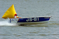JS-81, Jersey Speed Skiff..2004 Madison Regatta, Madison, Indiana, July 4, 2004..F. Peirce Williams .photography.P.O.Box 455 Eaton, OH 45320.p: 317.358.7326  e: fpwp@mac.com.