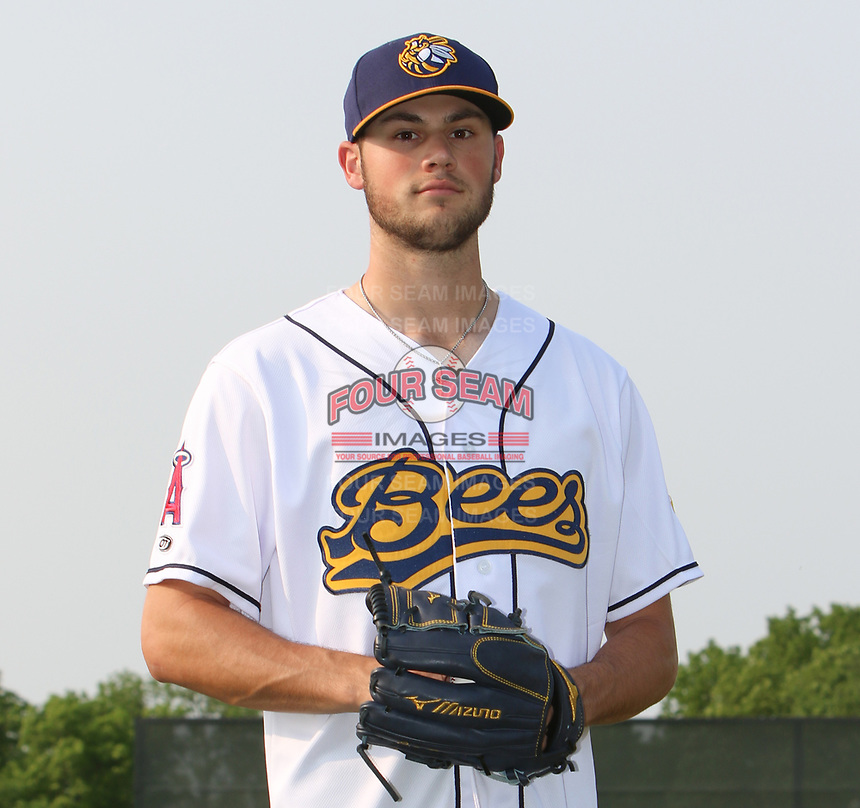 Burlington Bees pitcher Cole Duensing (31) poses for a photo before a Midwest League game against the Quad Cities River Bandits on May 31, 2019 at Community Field in Burlington, Iowa.  Quad Cities defeated Burlington 13-10.  (Travis Berg/Four Seam Images)