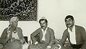 Iran 1979 .In Baneh, peshmergas visiting a doctor .Iran 1979 .A Baneh, peshmergas en visite chez un medecin