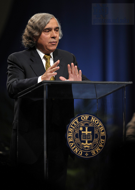 2008 Notre Dame Forum Panelist Ernest Moniz speaks...Photo by Matt Cashore/University of Notre Dame
