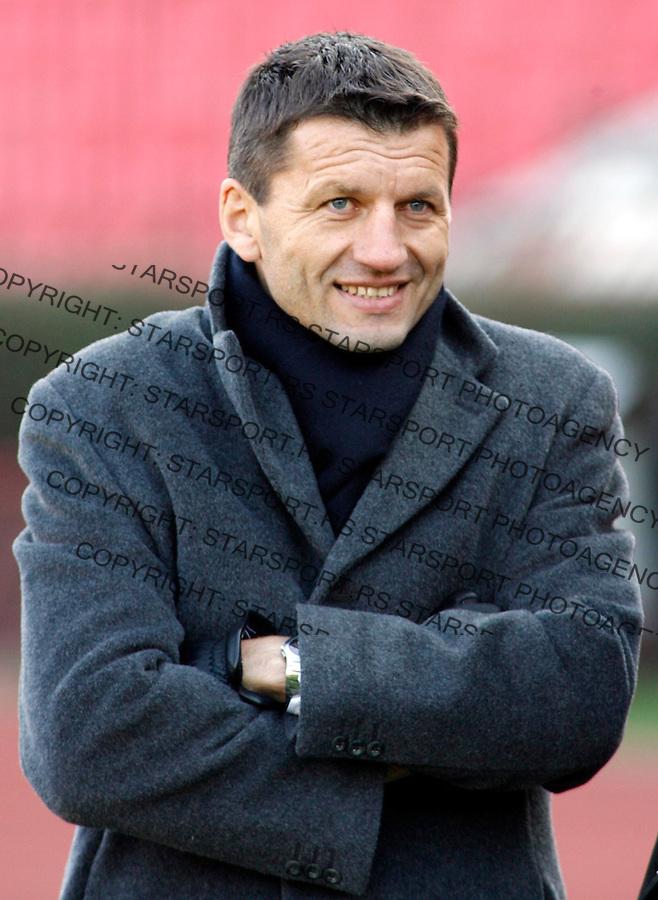 Fudbal, Super liga, season 2006/07, veciti derbi<br /> Crvena Zvezda Vs. Partizan<br /> Miroslav Djukic, head coach<br /> Beograd, 25.02.2007.<br /> foto: Srdjan Stevanovic