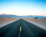 USA, California, road shot and mountains, Death Valley National Park
