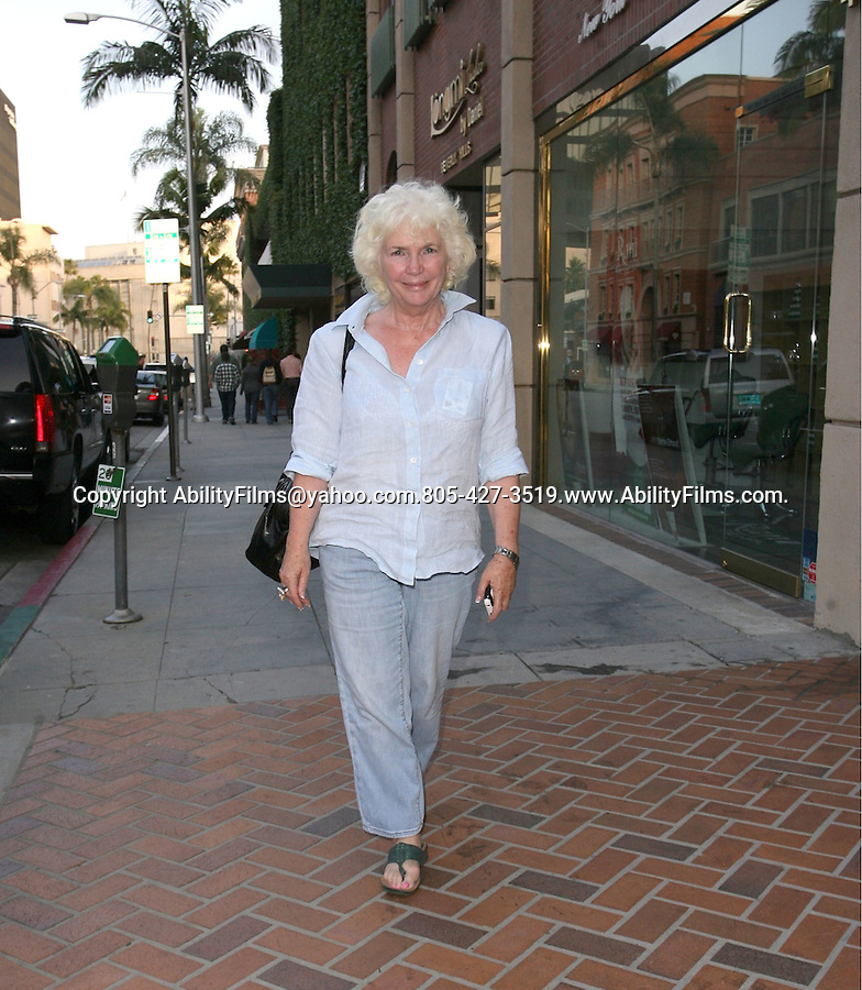 .MAY 14th 2012...Fionnula Flanagan is all smiles as she leaves  the  nail salon in Beverly Hills..AbilityFilms@yahoo.com.805-427-3519.www.AbilityFilms.com.