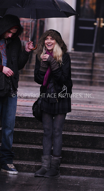 WWW.ACEPIXS.COM..March 19 2009 New York City ..Actress Teresa Palmer on location for 'The Sorcerer's Apprentice' on the streets of Manhattan on March 19, 2009 in New York City....Please byline: AJ Sokalner - ACEPIXS.COM..*** ***..Ace Pictures, Inc..tel: (212) 243 8787.e-mail: info@acepixs.com.web: http://www.acepixs.com..Copyright © 2009 AJ Sokalner/ACE Pictures