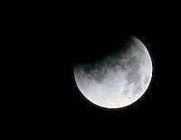 "SISGA -COLOMBIA. 15-04-2014. Eclipse lunar observado desde Colombia y que es el primero de la tétrada de ""Lunas Rojas"" que se repetirá cada seis meses en un lapso de año y medio./ Aspect of the lunar eclipse seen from Colombia and is the first of the tetrad of ""Red Moons"" (four total lunar eclipses in series) that will be repeat each six months in a span of a year and half.   Photo: VizzorImage/Gabriel Aponte/ Str"